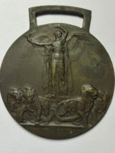 No ribbon front of italian medal