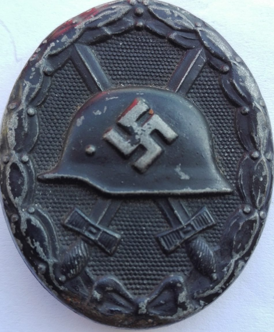 Nazi germany WW2 Black wound badge