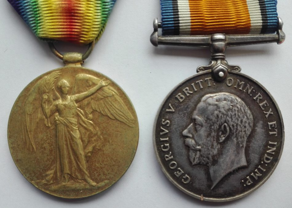 WW1 medals to the Queens regt, West surrey.