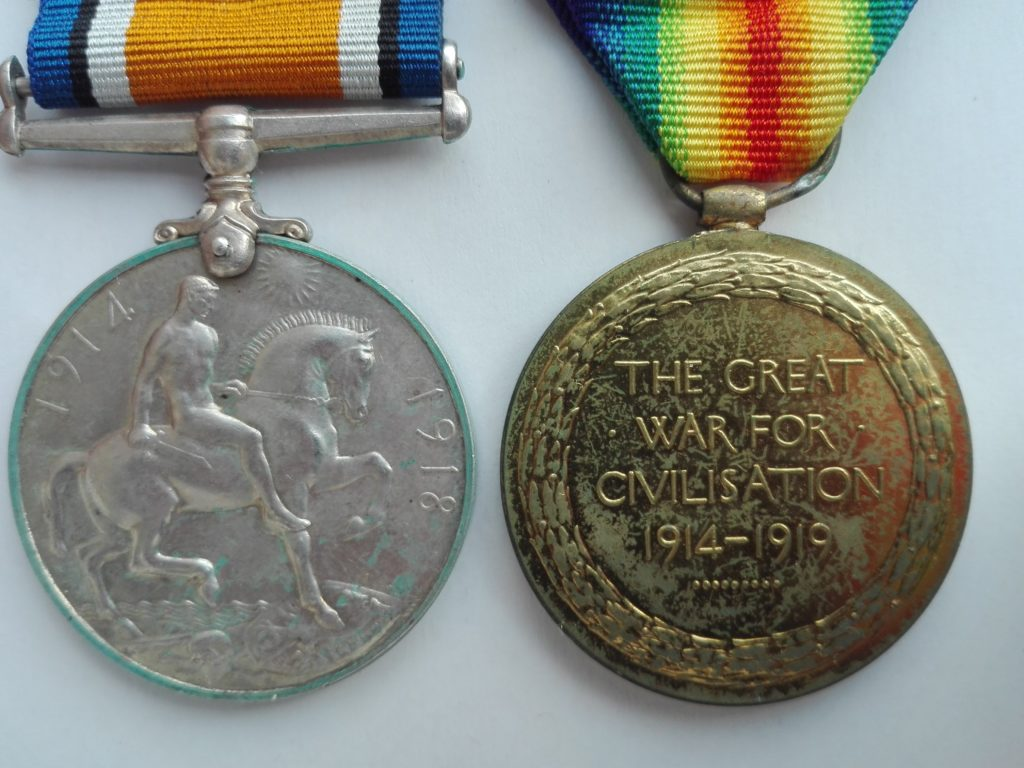 Reverse of 1914-1918 great war medals to Private Punchard