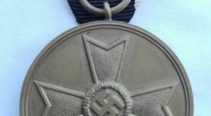 WW2 German War merit medal Obverse