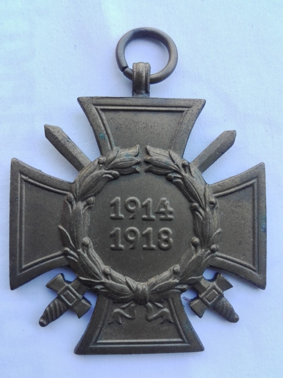Germany 1914 1918 War service cross with swords RS / PLS Obverse